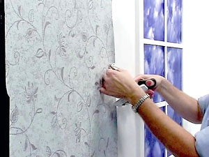 wallpaper-installation-cutting-around-objects-thermostat-2